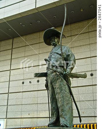 「太田道灌」の像(東京国際フォーラム/東京都千代田区) 2687041
