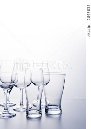 コップ 複数 ワイングラスの写真素材 [2843835] - PIXTA