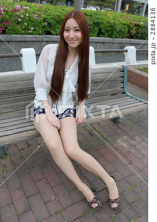 女性 ミニスカート 2884136