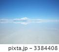 ウユニ塩湖のシンメトリー 3384408
