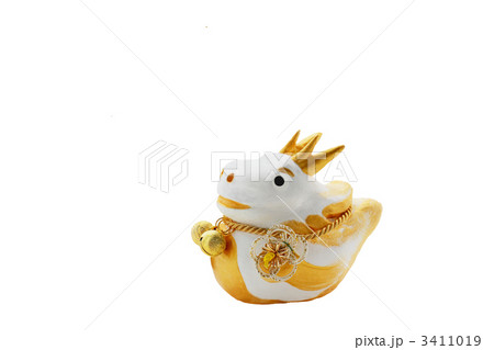 可愛い白と金色の辰の人形 切抜 3411019
