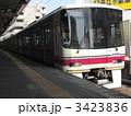 京王線 8000系 電車の写真 3423836