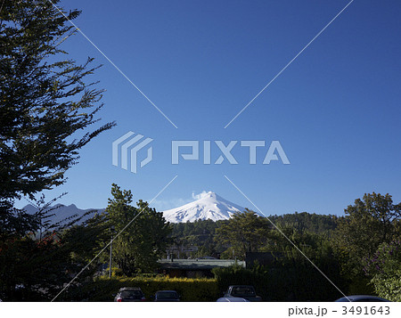Beautiful Villarica mountain in Pucon, Chile 3491643