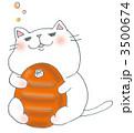 湯たんぽを抱く白猫 3500674