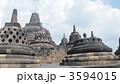 世界遺産のボロブドゥール遺跡です。 3594015