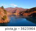 奥四万湖 四万川ダム 湖の写真 3623964