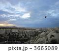 カッパドキア 奇岩 気球の写真 3665089