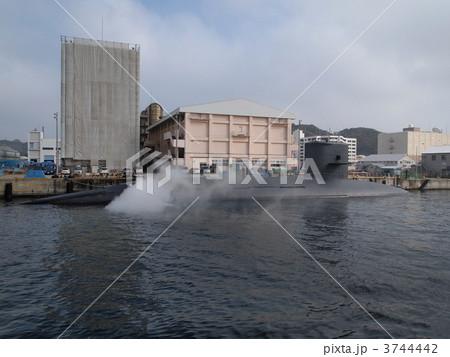 横須賀海軍施設:アメリカ海軍の潜水艦 3744442