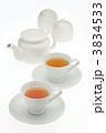 ティーポットセットと紅茶 3834533