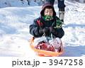 ソリ 雪遊び ウィンタースポーツの写真 3947258