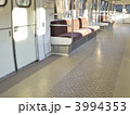 車内 座席 電車の写真 3994353