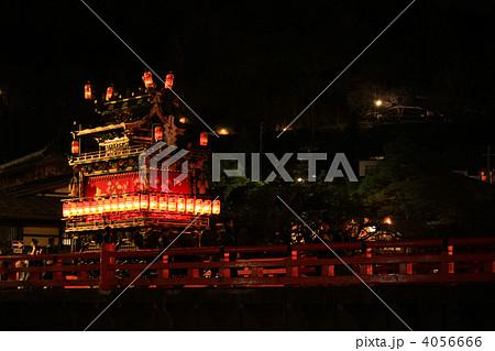 夜の高山祭の屋台「五臺山」 4056666
