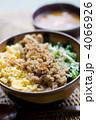 三色丼 4066926