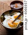 目玉焼き丼 4066937