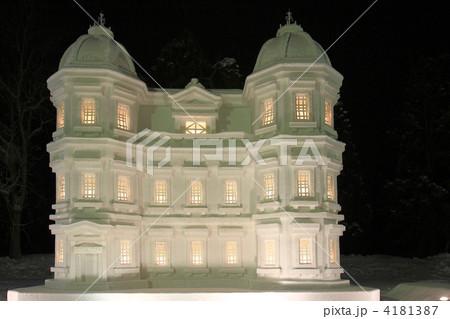 弘前城雪燈籠まつりの雪像 4181387