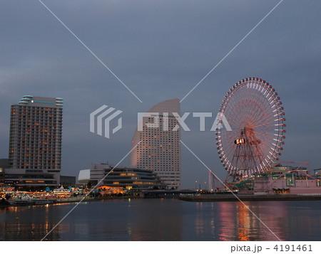 横浜みなとみらいの夜景 4191461