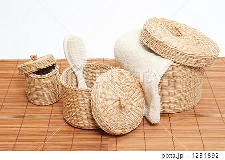 woven baskets with bath accessoriesの写真素材 [4234892] - PIXTA
