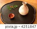 日本酒、徳利、猪口、南天 4251847