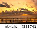 夕焼け 夕景 クタビーチの写真 4365742
