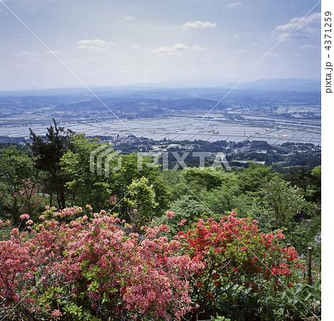 束稲山からの平泉町の写真素材 [4371259] - PIXTA