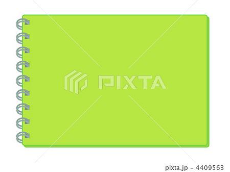 アルバムの表紙 黄緑色 のイラスト素材