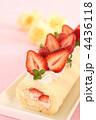 ロールケーキ 生菓子 フルーツロールケーキの写真 4436118