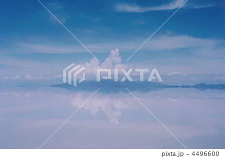 ウユニ塩湖 4496600