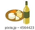 チーズの盛り合わせとワイン 4564423