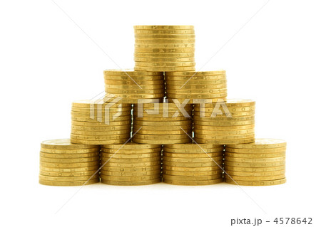 a pyramid from coins 2の写真素材 [4578642] - PIXTA