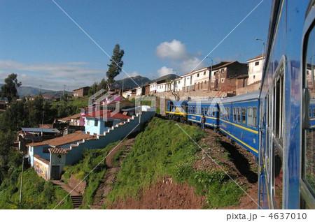 マチュピチュに向かう列車 4637010