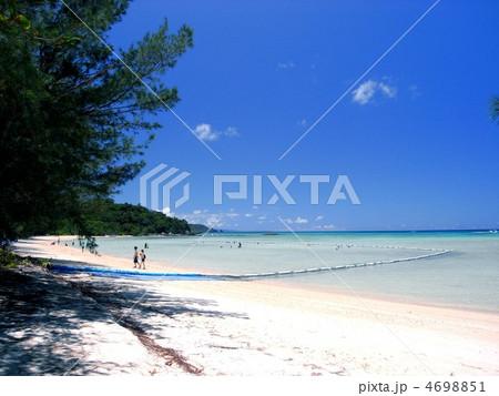 石垣島、底地ビーチの風景 4698851