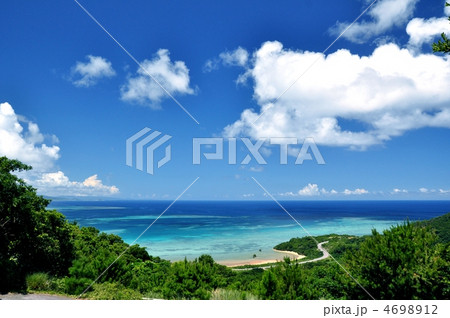 石垣島 北部 高台からの風景 4698912