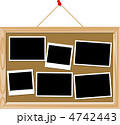 メッセージボード コルクボード 掲示板のイラスト 4742443