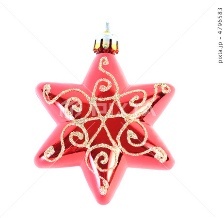 Close-up view of one red Christmas tree star isolated on whiteの写真素材 [4796583] - PIXTA