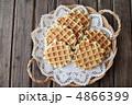 プレーンワッフル お菓子 洋菓子の写真 4866399