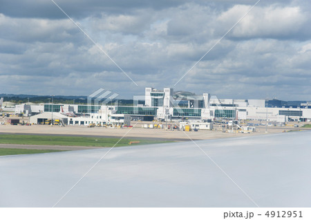 ガトウィック空港 4912951
