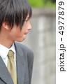 制服姿の男子高校生 4977879