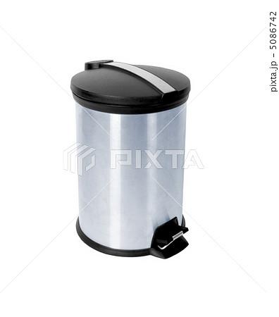 office trash canの写真素材 [5086742] - PIXTA