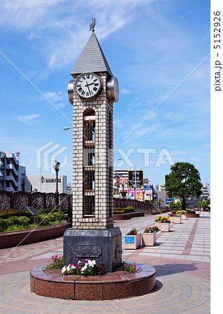田端駅前のアンティークな時計台 5152926