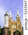 マリア像 サイゴン大教会 サイゴン聖母大聖堂の写真 5243947