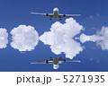 水面 リフレクション 白い雲の写真 5271935
