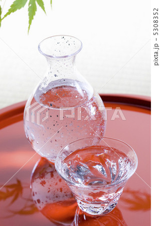 日本酒の写真素材 [5308352] - PIXTA