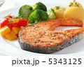 さけ 魚料理 ムニエルの写真 5343125