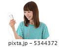 聞く 聴く スマートフォンの写真 5344372
