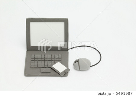 粘土のパソコン 5491987