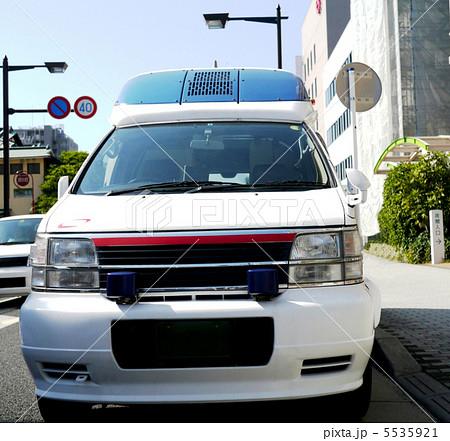 青い救急車 5535921