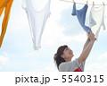 洗濯物 干す 家事の写真 5540315