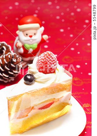 クリスマスケーキ と サンタクロース 1 5548799
