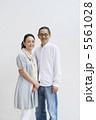 シニア 男性 女性の写真 5561028