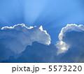 Crepuscular rays3 5573220